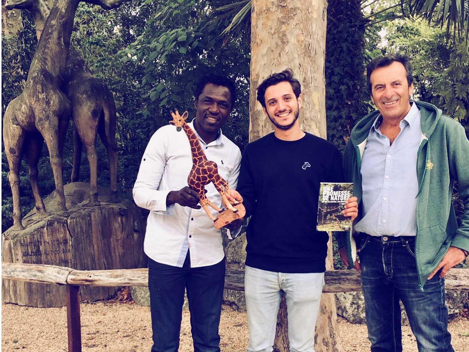 save the girafes- girafon bleu