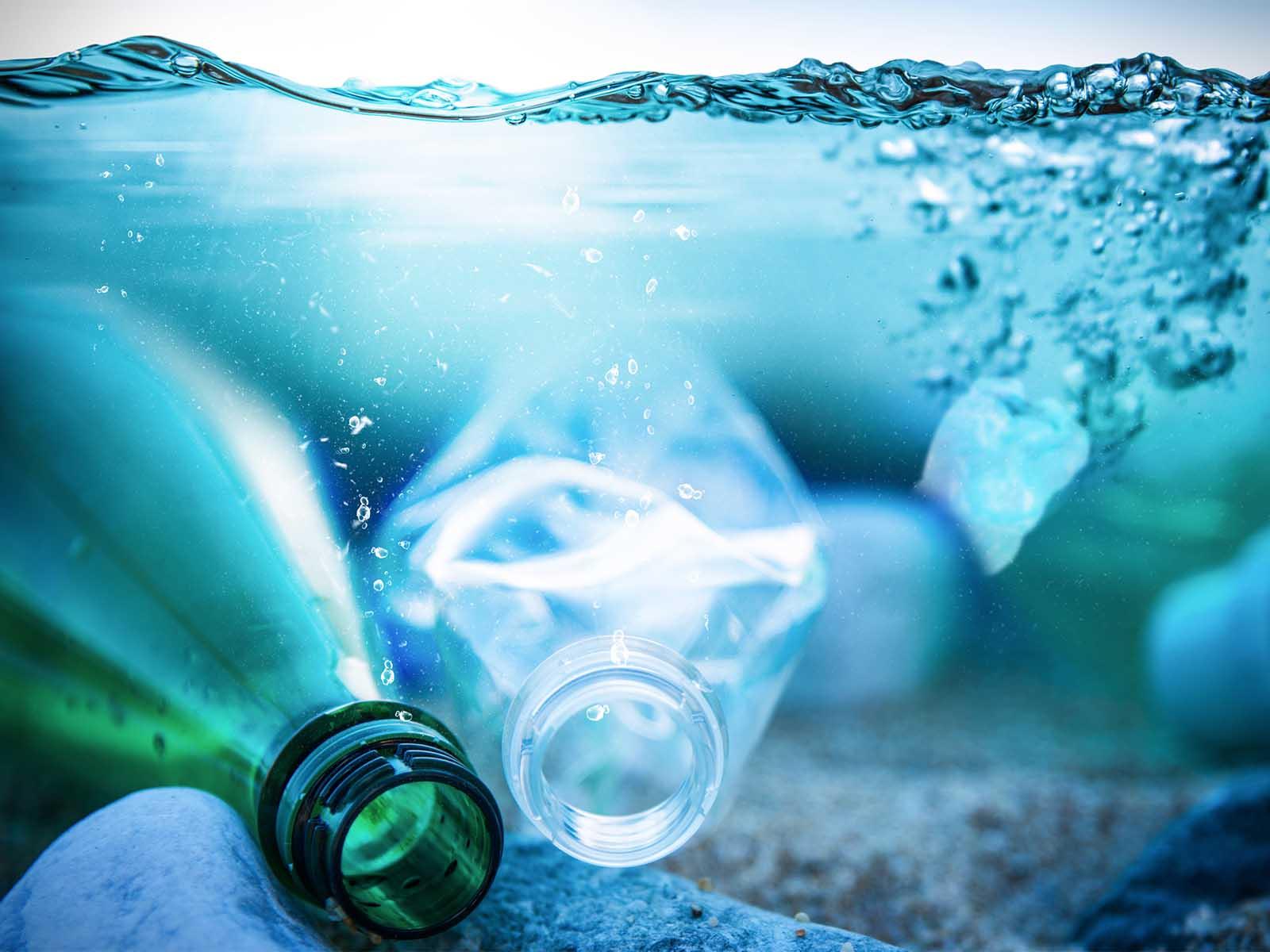 stop à la pollution plastique des océans